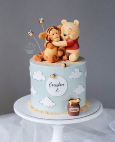 Baby First Birthday Cake, Pretty Birthday Cakes, Pretty Cakes, Cute Cakes, Beautiful Cakes, Amazing Cakes, Creative Birthday Cakes, Creative Cakes, Winnie The Pooh Cake