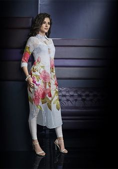 Aqua White Floral Printed Georgette Kurti Ethnic Outfits, Indian Outfits, Indian Party Wear, Indian Bridal Fashion, Mode Hijab, Pakistani Outfits, India Fashion, Indian Dresses, Traditional Outfits