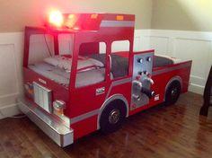 1000 images about bricolage on pinterest picnic tables woodworking patter - Lit camion de pompier ...