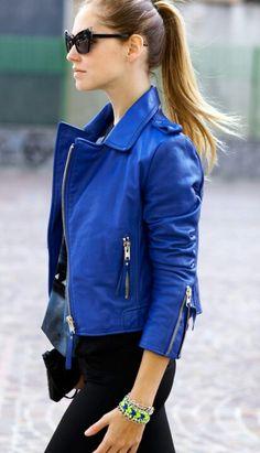 cobalt blue leather jacket at KG Street Style; Moda Fashion, Womens Fashion, Fashion Trends, Latest Fashion, Fashion Models, Trending Fashion, Fashion Games, Fashion Designers, Moda Rock