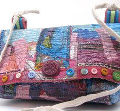 Great handmade purse from Itzachicthing