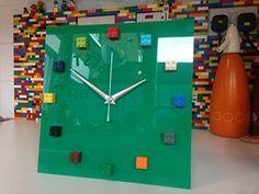 Handmade mOnkiStuff Designed Wall Clock Gloss GREEN, made using LEGO® Bricks mOnkiStuff http://www.amazon.co.uk/dp/B0181C6AX4/ref=cm_sw_r_pi_dp_MLCtwb1Z4CJJN