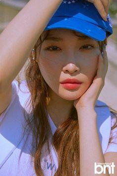 chungha-bnt-international-16.jpg (500×750) Annie, Kpop Girl Groups, Korean Girl Groups, Kpop Girls, Girl Day, My Girl, K Pop Star, South Korean Girls, Korean Singer
