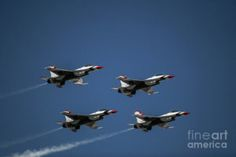 The Thunderbirds flying in formation in the skies of Arizona. Photo by Chandra Nyleen