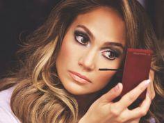 Descubre como se ve Jennifer López totalmente al natural  (+FOTOS) http://goo.gl/9sVmGp