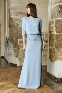 Muslim Fashion, Hijab Fashion, Fashion Dresses, Trendy Dresses, Elegant Dresses, Malay Wedding Dress, Best Gowns, Kebaya Dress, Sleeves Designs For Dresses