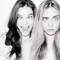 Cara Delevingne & Barbara Palvin: most on demand models. Barbara Palvin, Cara Delevingne, Black And White Girl, White Girls, Best Friend Photography, Photography Ideas, Silly Faces, Goofy Face, Youre My Person