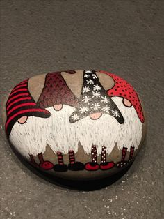 ✓ Best Painted Rocks Ideas, Weapon to Wreck Your Boring Time [Images] Painted Rock Ideas – Do you need rock painting ideas for spreading rocks around your neighborhood or the Kindness Rocks Project? Here's some inspiration with my best tips! Rock Painting Patterns, Rock Painting Ideas Easy, Rock Painting Designs, Pebble Painting, Pebble Art, Stone Painting, Stone Crafts, Rock Crafts, Christmas Rock