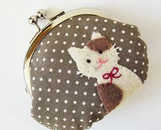 coin purse, oh how cute!!!!!!