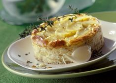 Αναζητήστε πεντανόστιμες συνταγές του I COOK GREEK για σίγουρη επιτυχία! ΣΥΝΤΑΓΕΣ παραδοσιακές από όλη την Ελλάδα, ΣΥΝΤΑΓΕΣ από τη σύγχρονη Ελληνική κουζίνα. Camembert Cheese, Mashed Potatoes, Ethnic Recipes, Desserts, Food, Whipped Potatoes, Tailgate Desserts, Deserts, Smash Potatoes