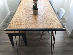 OSB and hairpin leg dining table. Trendy Furniture, Deco Furniture, Recycled Furniture, Colorful Furniture, Plywood Furniture, Furniture Projects, Table Furniture, Furniture Makeover, Furniture Design