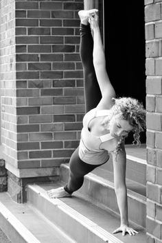 @Elise Stillman...plank with a twist...maybe you'll do this in Body Design today!!