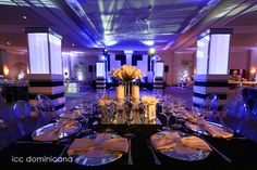artdeco wedding idea, black and white decoration