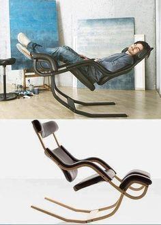 Um tipo diferente de arte  Cadeira de balanço de gravidade