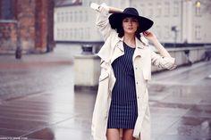 Hat, beige trenchcoat ♥