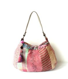 Kantha quilt bag - pink patchwork Kantha shoulder bag / purse