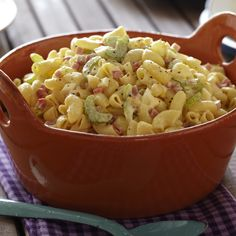 Old-Fashioned Macaroni Salad from Food Network Side Dish Recipes, Pasta Recipes, Salad Recipes, Cooking Recipes, Easy Cooking, Grilling Recipes, Soup And Salad, Pasta Salad, Best Macaroni Salad