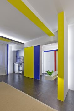 Mondrian-inspired apartment in NYC. Pretty cool. I love the primary colors.