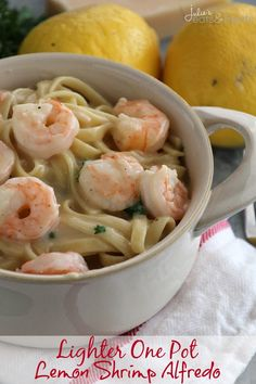 Lighter One Pot Lemon Shrimp Alfredo ~ Delicious and Easy Lemon Shrimp Alfredo that has been Lightened Up and Made in One Pot! Perfect for the Weeknight! Shrimp Pasta Recipes, Seafood Pasta, Shrimp Alfredo Recipe, Garlic Chicken Alfredo Recipe, Easy Pasta Recipes, Shrimp Dishes, Seafood Recipes, Pasta Dishes, Garlic Shrimp
