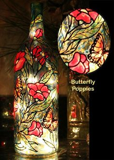 how to paint wine bottles to look like stained glass Recycled Glass Bottles, Glass Bottle Crafts, Painted Wine Bottles, Hand Painted Wine Glasses, Lighted Wine Bottles, Decorated Bottles, Bottle Lights, Glass Painting Designs, Wine Craft
