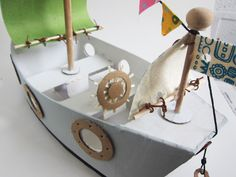 super cute pirate ship!  Bet we could alter this a little to make the Nina, Pinta and Santa Maria!