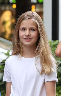 Princess Leonor of Spain is seen on August 2019 in Palma de. Princess Of Spain, Princess Sofia, Royal Fashion, Girl Fashion, Spanish Royal Family, Military Women, Tennis Clothes, Queen Letizia, Royals