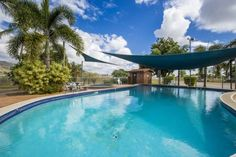 Magnetic Gateway Holiday Village Townsville Offering a year-round outdoor pool, Magnetic Gateway Holiday Village is situated in Townsville. Townsville 400 Racetrack Start / Finish line is 6 km from the property. Free private parking is available on site.  The accommodation comes with a TV.