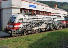 """OBB 1216.020 """"175 Jahre Eisenbahn für Österreich""""."""