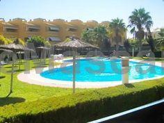Holiday Home Av. Islantilla Isla Cristina Holiday home Av. Islantilla offers accommodation in Isla Cristina. The unit is 26 km from Huelva. Tavira is 37 km from Holiday home Av. Islantilla, while Monte Gordo is 19 km away.