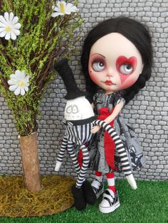 Whimsical Humpty for Blythe Doll por Spookykidsworkshop en Etsy