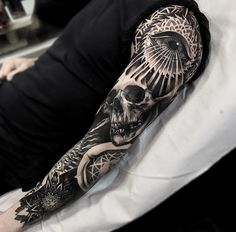 Mandala, skull & eye sleeve