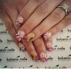 My Sunflower and Daisy nails by Botanic Nails
