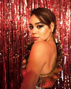 Danna Paola Justin Bieber, Turkish Beauty, Famous Celebrities, Pretty Little Liars, King Queen, Boss Lady, Actors & Actresses, Beautiful People, Singer