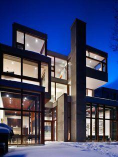 toronto ravine house #architeture #pin_it Mundo das Casas Veja mais aqui(See more here) www.mundodascasas...
