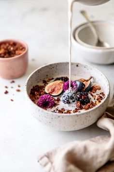 Food Art | Hello to all the chocolate lovers out there! Dreamy breakfast recipe ~ Chocolate Granola by Delight Fuel | food styling, food photography, breakfast, healthy meals | #granola #breakfast #chocolate