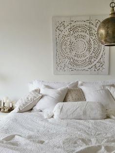 ethnic white indian morrocan bedroom. whitelavendergirl -instagram
