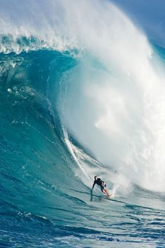 Adventure - Big-wave surfing, Hawaii. #thepursuitofprogression #Lufelive #Surf #Surfing #Waves #NY #LA: