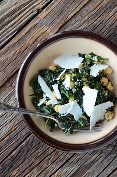 Garlicy chard and chick peas.  Not sure who else will eat it, but it looks YUMMY.