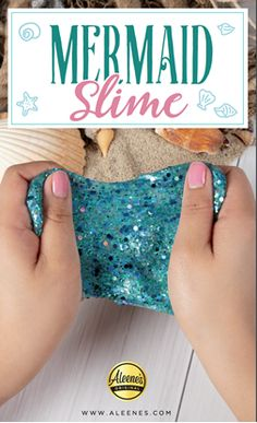 Easy, Non-Sticky Mermaid Slime! Slime No Glue, Glitter Slime, Glitter Crafts, Glue Crafts, Kid Crafts, Fabric Crafts, Mermaid Slime, Mermaid Glitter, Mermaid Crafts