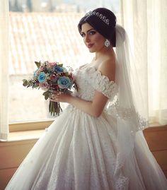 Kids Bridesmaid Dress, Ivory Bridesmaid Dresses, Bridal Wedding Dresses, Wedding Bride, Beautiful Gowns, Beautiful Bride, Wedding Hairstyles With Crown, Afghan Wedding, Bridal Hair Updo