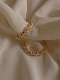 Ear Jewelry, Cute Jewelry, Gold Jewelry, Jewelry Accessories, Gold Bracelets, Jewelry Stand, Bohemian Jewelry, Luxury Jewelry, Jewelry Ideas
