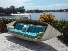 Over 20 of the BEST ideas for upcycling furniture - Creative Upcycled Furniture Outdoor Sofa, Outdoor Living, Lakeside Living, Haus Am See, Lake Decor, Coastal Decor, Old Boats, Sail Boats, Creation Deco
