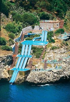Toboggan aquatique à Città del Mare en Sicile Sicily is so beautiful that no … – Travel and Tourism Trends 2019 Italy Vacation, Vacation Places, Vacation Destinations, Dream Vacations, Vacation Spots, Places To Travel, Honeymoon Places, Cool Water Slides, Pool Slides