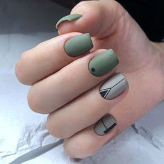 Want some ideas for wedding nail polish designs? This article is a collection of our favorite nail polish designs for your special day. Classy Nails, Fancy Nails, Stylish Nails, Trendy Nails, Cute Nails, Bling Nails, Minimalist Nails, Nail Swag, Cute Acrylic Nails