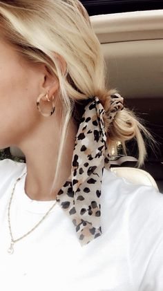 hair inspo – Hair – Hair is craft Scarf Hairstyles, Pretty Hairstyles, Hairstyle Ideas, Easy Hairstyles, Hairdos, Summer Hairstyles, Hair Looks, Hair And Nails, Hair Inspiration