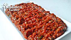 ПИКАНТНА РАЗЯДКА С ЧУШКИ И ДОМАТИ Turkish Salad, Turkish Recipes, Ethnic Recipes, Arabic Food, Dip Recipes, Chana Masala, Meatloaf, Banana Bread, Food And Drink