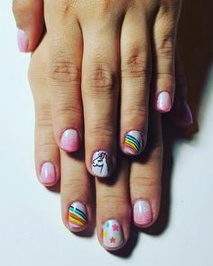 #unicorn #rainbow #glitter #chrome #summernails #nails2017