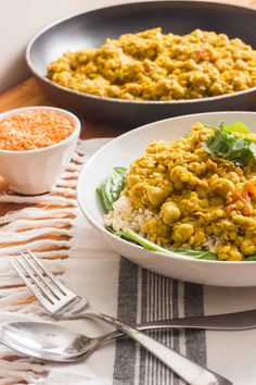 Ingredients: (serves approx. 4 people) ✘ 2 cups red lentils (soaked for 30 minutes before using) ✘ 3 garlic cloves (minced) ✘ 1 small yellow onion (diced) ✘ 1 cup full fat, canned coconut milk ( or 2 cups if using regular coconut milk) ✘ 2 cups of vegetable broth (or water) ✘ 1 can of chickpeas (optional) ✘ 2 tbsp lemon juice ✘ 4 heaping tbsp curry powder (OR 2 tbsp red curry paste) ✘ 1 tsp cumin ✘ pinch of chili powder ✘ 1/4 tsp black pepper ✘ 1/2 tsp salt ✘ 3 small fresh tomatoes,...