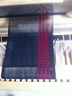 Cool weaving from dorothy stewart's weaving blog