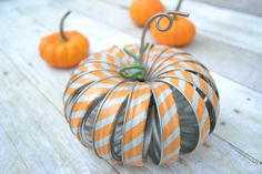 crafts and home decor mason-jar-ring-pumpkins-with-washi-tape from Refresh Living Diy Pumpkin, Pumpkin Crafts, Fall Crafts, Pumpkin Ideas, Thanksgiving Crafts, Diy Crafts, Mason Jar Lids, Washi Tape, Holiday Decor